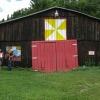 70-colorful-barn