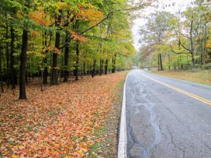 Detour along Valley Parkway in Brecksville Reservation