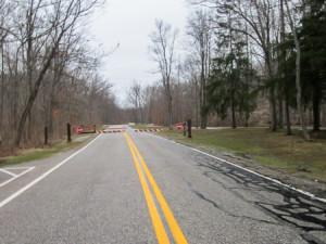 Park road closing for amphibian crossing
